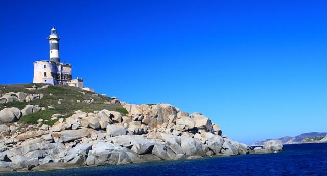 Isola dei Cavoli 25